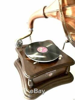 Gramophone With Copper Horn Record Player 78 rpm vinyl phonograph Victoria