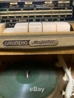 Rare Grundig Majestic vinyl record player console 7060 With3D
