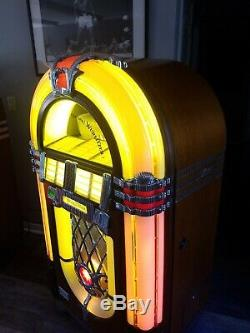 Wurlitzer One More Time 45 RPM Vinyl Bubbler Jukebox, With Records! Free Ship